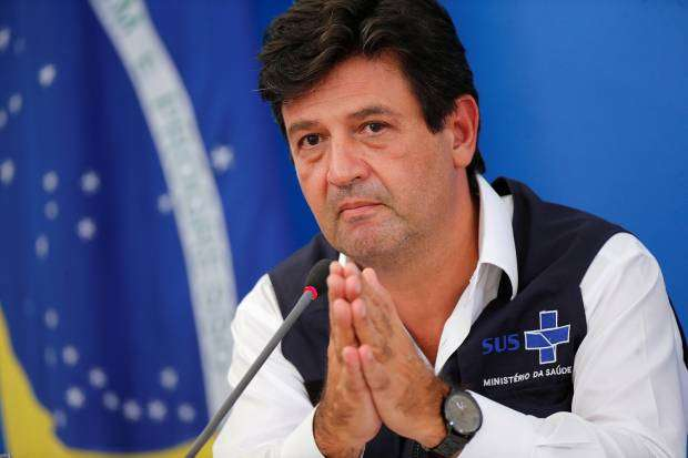 Após reunião com Bolsonaro, Mandetta diz que fica no Ministério da Saúde